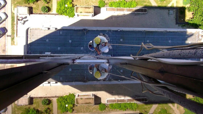 Radovi na visini, visinski radovi, popravke krovova