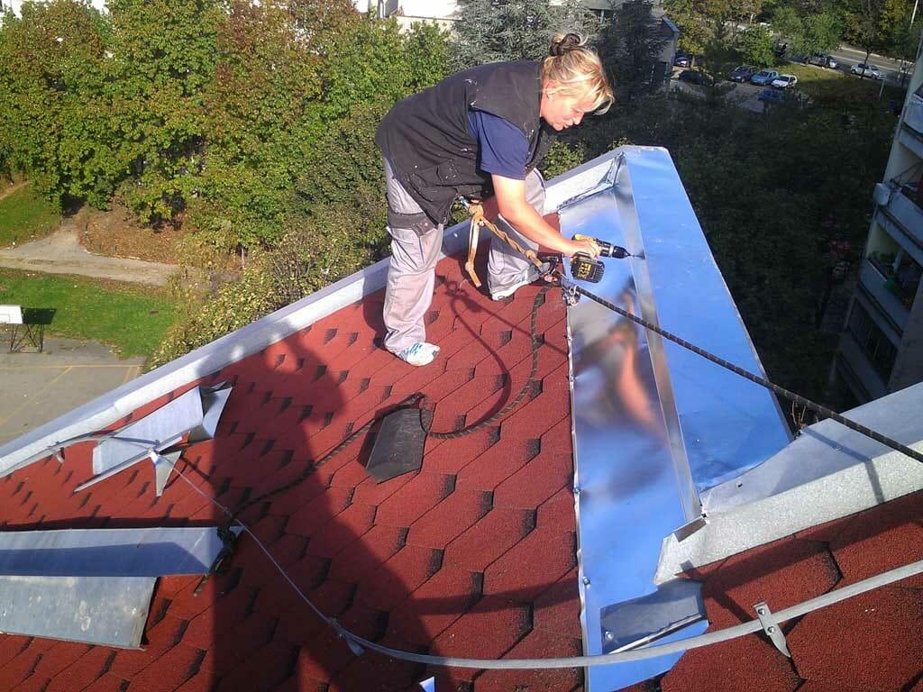Limarski radovi na krovu, visinski radovi, alpinisti za limariju,