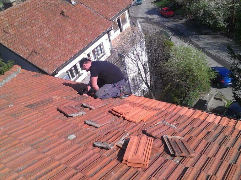 Zamena crepova na zgradi, zamena crepova na kuci, popravka krova od crepa, sanacija glinenog krova, sanacija crepova, izrada krova od crepa