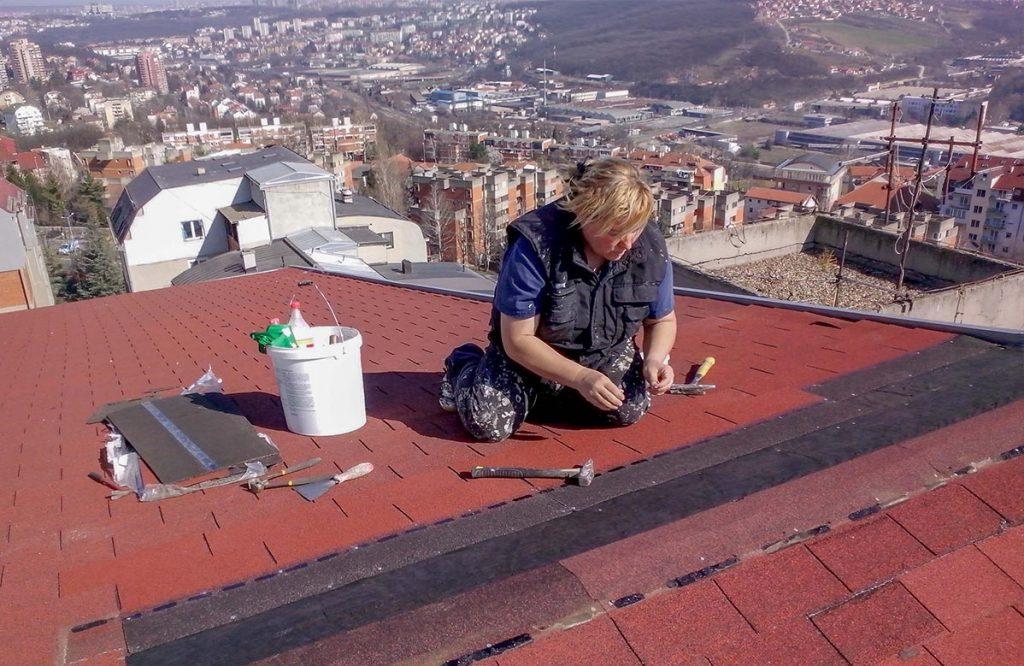 Tegola, popravka tegole, beograd, visinski radovi, majstor za krov, prokisnjavanje krova, sanacija krova, sanacija prokisnjavanja